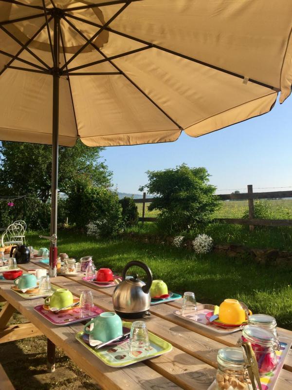 petit déj' en terrasse@ AM